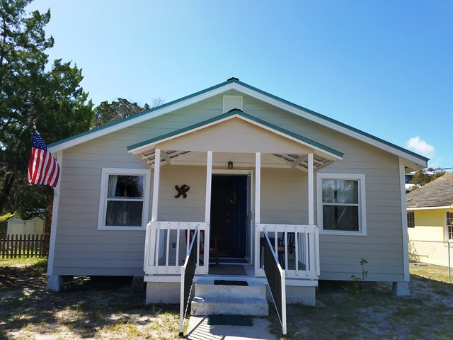 Peachy Cedar Key Florida Vacations Rentals On The Waterfront Complete Home Design Collection Papxelindsey Bellcom